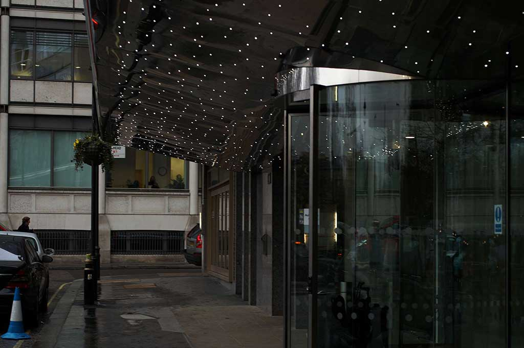 fiber optic lighting on the entrance of the hilton park lane