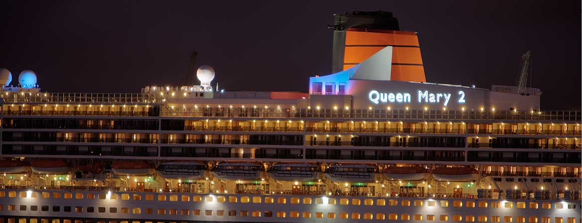 fiber optic lighting on the rms queen mary 2